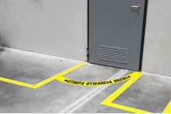 Strefa otwarcia drzwi - naklejka podłogowa